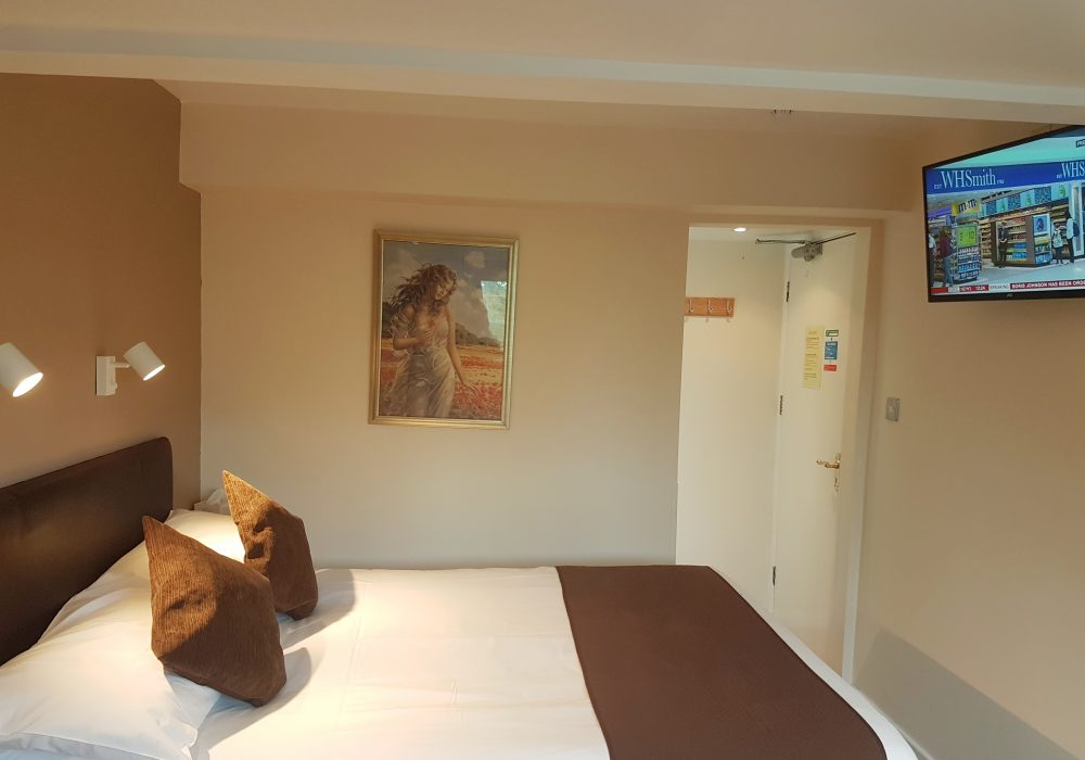 Ensuite double room at the second floor