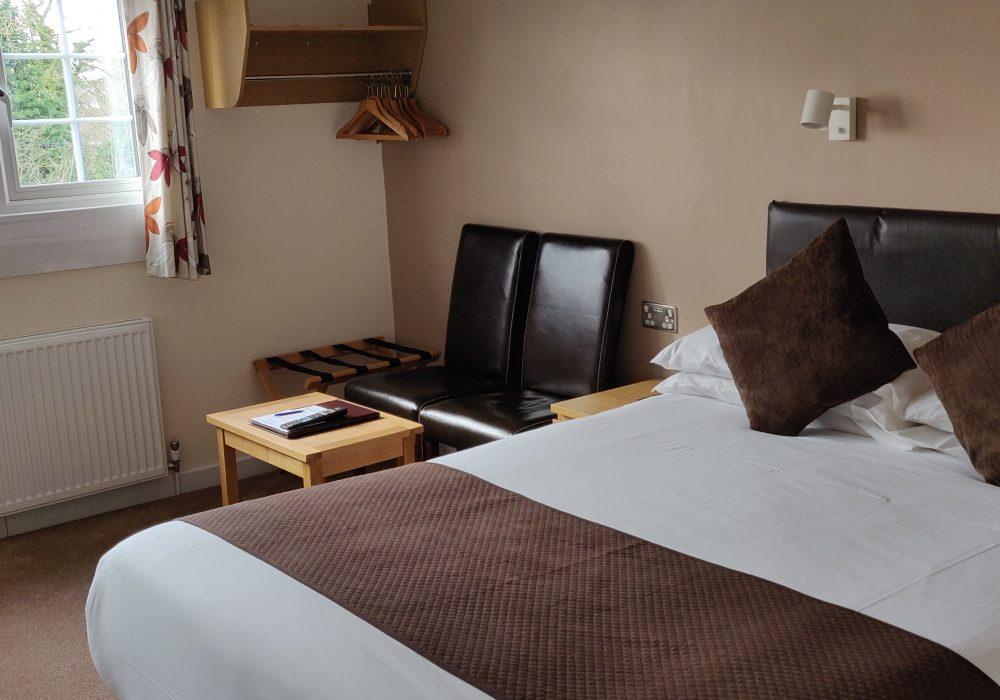 Ensuite double room second floor