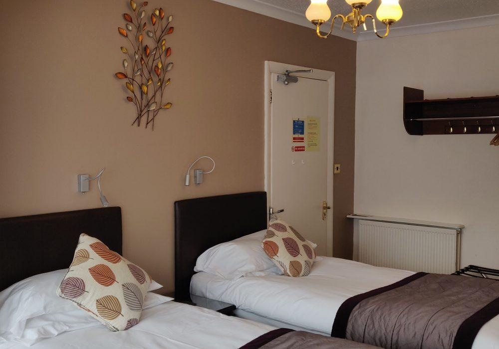 Ensuite ground floor twin room